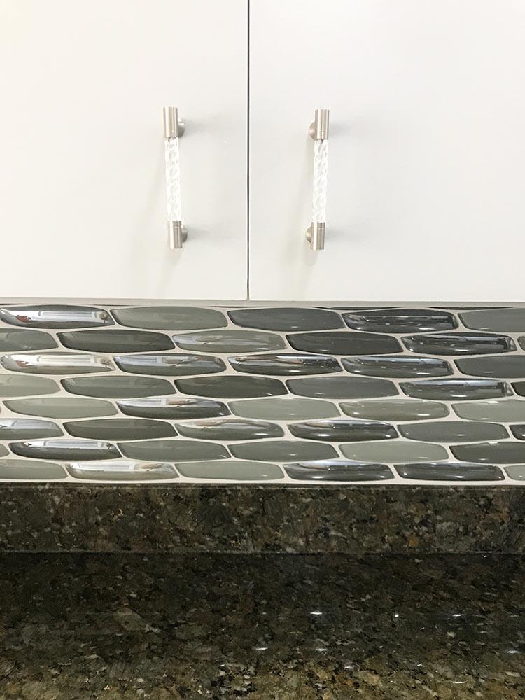 yves-silver-mosaic-glass-tile-backsplash.jpg